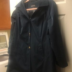 Trenchcoat Navy Blue  1X, lined with warm plaid